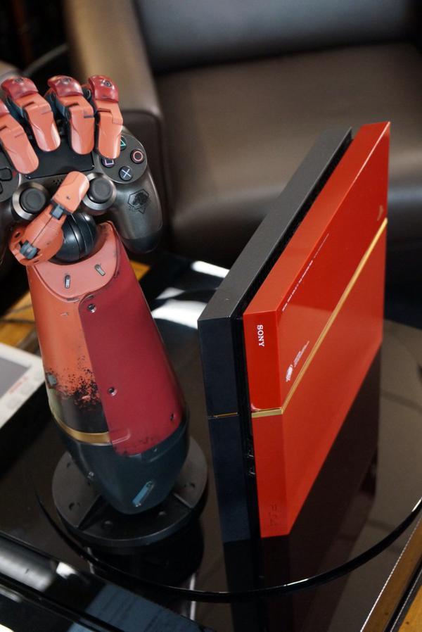 [News!]Metal Gear Solid V Phantom Pain  Get?url=https%3A%2F%2Fpbs.twimg.com%2Fmedia%2FB_WfcHXWIAApUiw