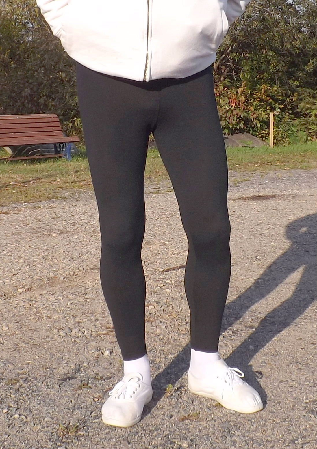 I don t think you have to be skinny to look good wearing leggings as casual  wear outdoors. I am 200 lbs and think I rock leggings. 8ea43ac9202
