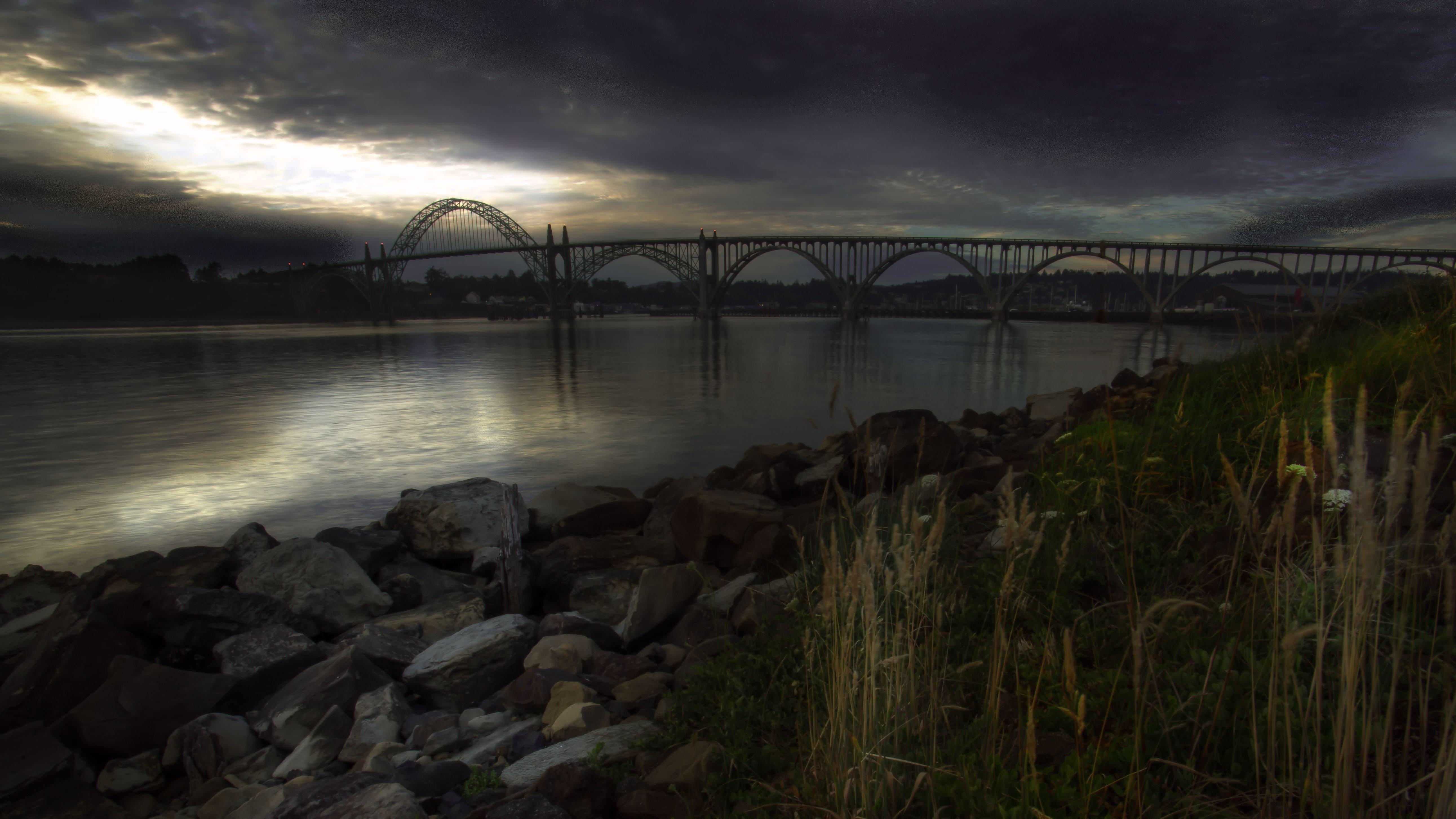 Jon Lipinski turned this daytime shot into nighttime.